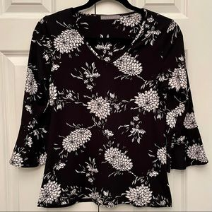 Loveappella Black & White Floral Top Size SP